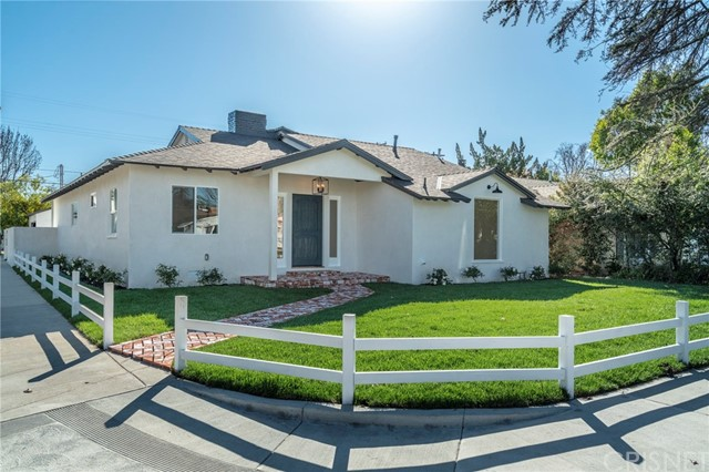 13150 Weddington Street, Sherman Oaks, CA 91401