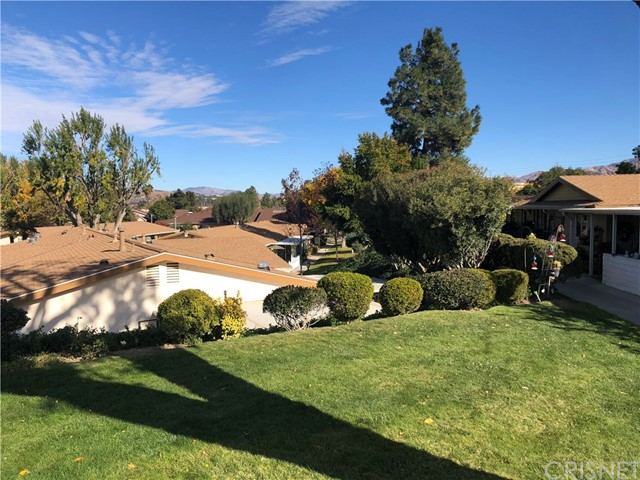 26764 Whispering Leaves Drive B, Newhall, CA 91321