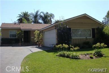 7062 Jellico Avenue, Lake Balboa, CA 91406