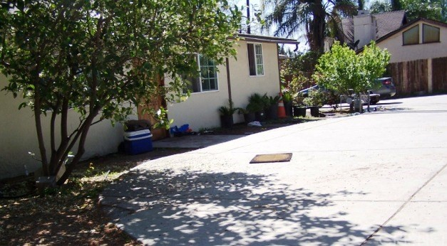 10720 Foothill Bl, Lakeview Terrace, CA 91342 Photo 4