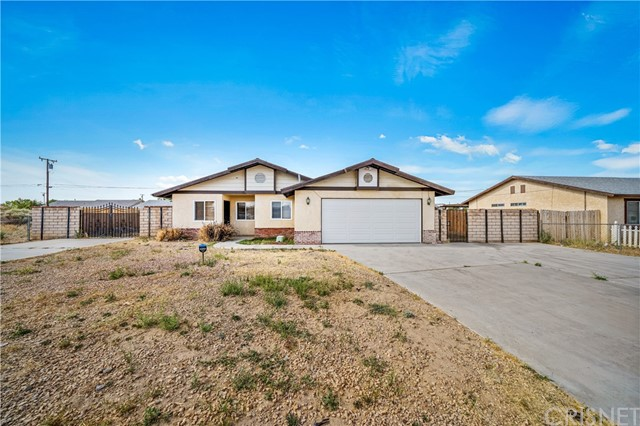 8213 Great Circle Drive, California City, CA 93505