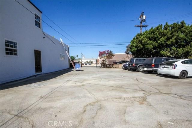 10446 Scoville Avenue, Sunland, CA 91040