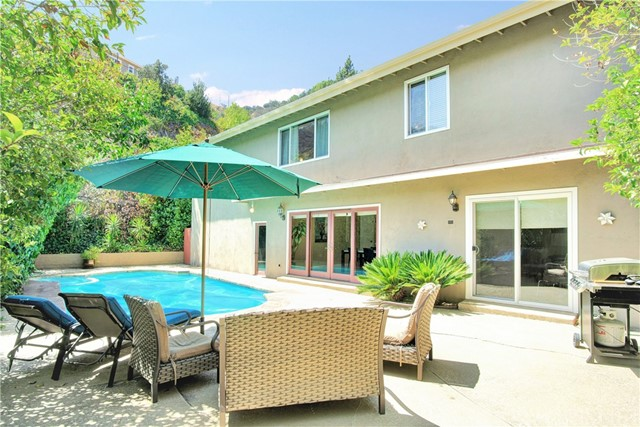 3239 Longridge Terrace, Sherman Oaks, CA 91423