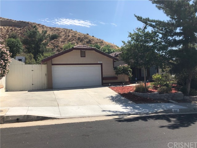 29104 Poppy Meadow Street, Canyon Country, CA 91387
