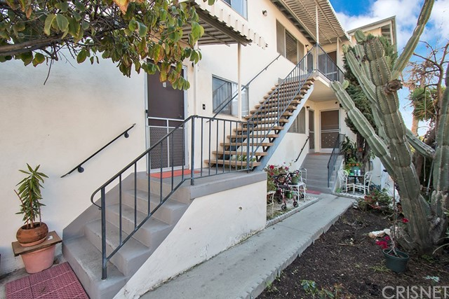 5620 Stratford Road, Los Angeles, CA 90042
