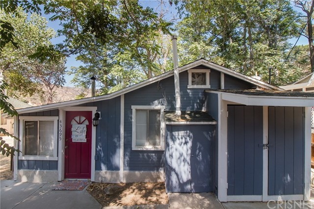43695 Trail E E, Lake Hughes, CA 93532