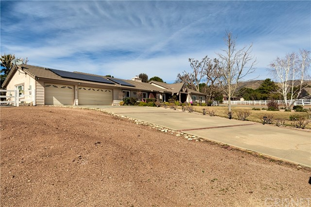 3607 Silver Spur Ln, Acton, CA 93510 Photo 2