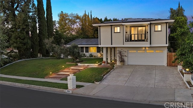 5600 Ostin Avenue, Woodland Hills, CA 91367