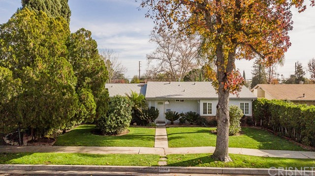 8846 Swinton Avenue, North Hills, CA 91343
