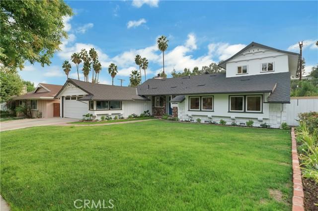Photo of 5639 Ramara Avenue, Woodland Hills, CA 91367
