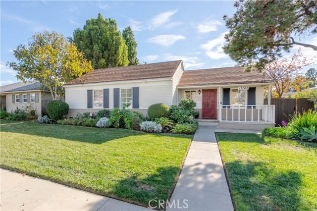17142 Keswick Street, Lake Balboa, CA 91406