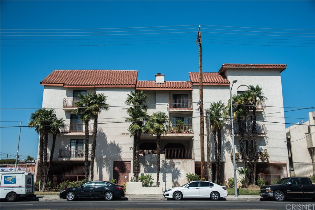 Photo of 7625 RESEDA BOULEVARD #301, Reseda, CA 91335