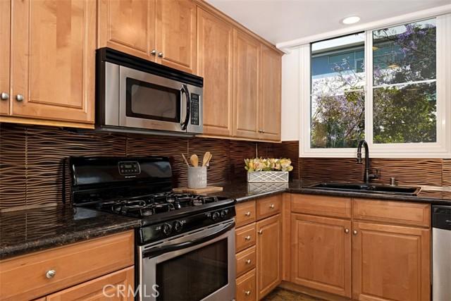 11. 1601 S Bentley Avenue #201 Los Angeles, CA 90025