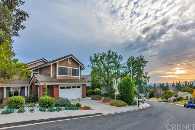 2136 Meadow Brook Court, Thousand Oaks, CA 91362