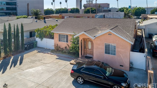 6439 Agnes Avenue, North Hollywood, CA 91606