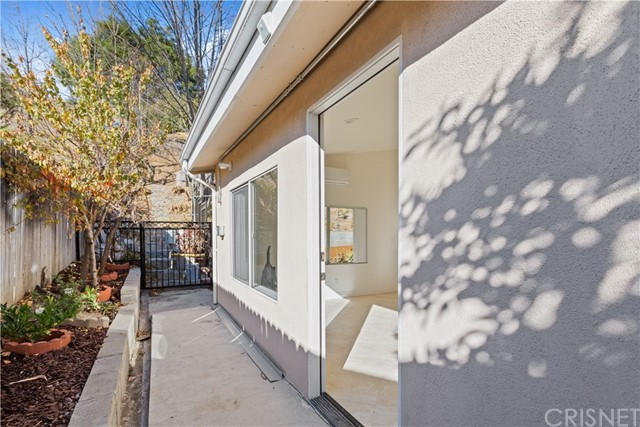 Photo of 5718 Comanche Avenue, Woodland Hills, CA 91367
