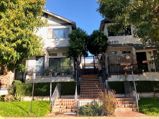 9620 Sepulveda Boulevard 27, North Hills, CA 91343