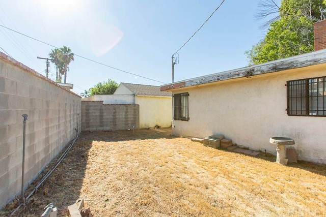 15561 Blackhawk St, Mission Hills (San Fernando), CA 91345 Photo 23