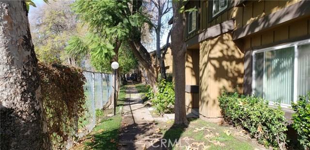 20135 Leadwell Street 4, Winnetka, CA 91306