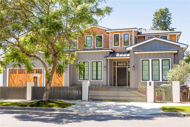 Welcome to this magnificent California dream home with exceptional elegance and quality design located on the border of Pacific Palisades and Brentwood Park. This amazing property offers a unique design and a well-planned layout making it the perfect setting for hosting family gatherings, galas, and creating wonderful memories. This spacious home has 7 en suite-bedrooms and 2 powder rooms. The outside entertainment space offers an inviting edgeless swimming pool, cabana, and full shower. A movie room offers additional entertainment for the entire family. The expansive kitchen is the gourmet cook's delight with unique Viking Tuscany appliances plus a butler area and spacious pantry. Additional features that any homeowner will be pleased to find include: A Creston Home system which consists of a digital intelligent platform that makes your house more secure and convenient, automated shades in the common living areas, an elevator, safes for storing valuables in master bedroom and lower basement area, a 3- car garage, and an elevator. This breathtaking showpiece integrates extensive tasteful touches and features to impress the homeowner and guests and create an opulent yet comfortable living space.