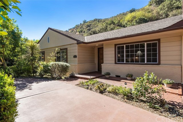 Photo of 3255 Mandeville Canyon Road, Los Angeles, CA 90049