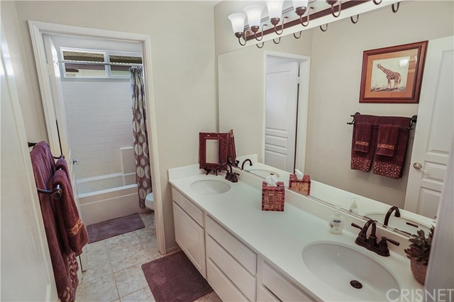 28703 Red Rock Ct, Castaic, CA 91384 Photo 22
