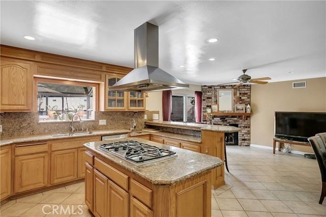 10369 Jimenez St, Lakeview Terrace, CA 91342 Photo 3