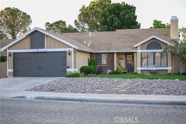1741 Viridan Avenue, Lancaster, CA 93534