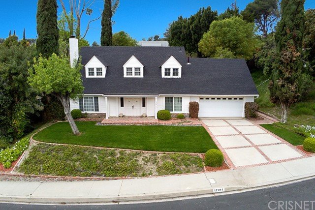 Photo of 12011 Jeanette Place, Granada Hills, CA 91344