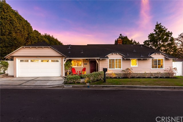 15501 Briarwood Drive, Sherman Oaks, CA 91403