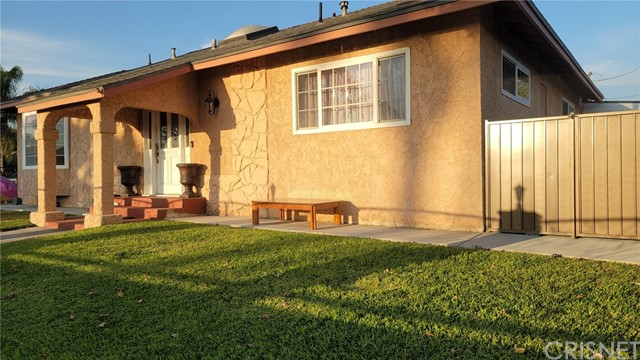 10622 Lev Av, Mission Hills (San Fernando), CA 91345 Photo 2