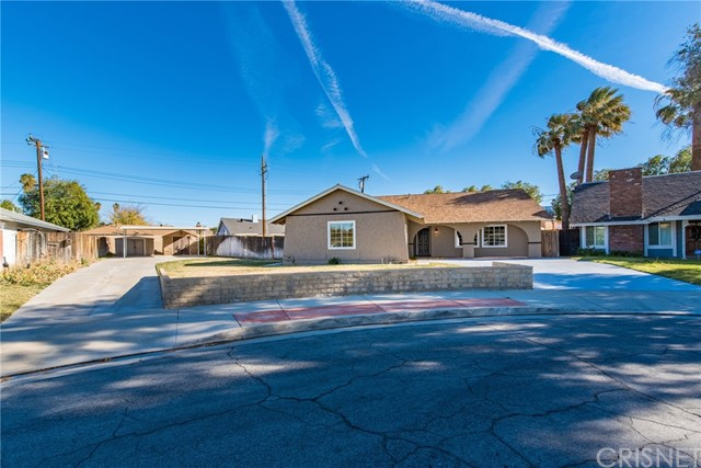 27212 Walnut Springs Avenue, Canyon Country, CA 91351