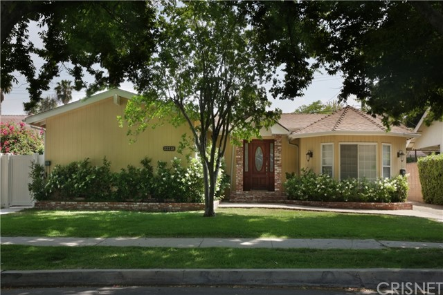 22218 Archwood Street, Woodland Hills, CA 91303