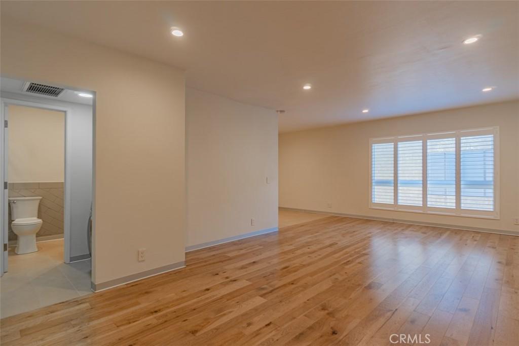 1735   N Fuller Avenue   330, Los Angeles CA 90046