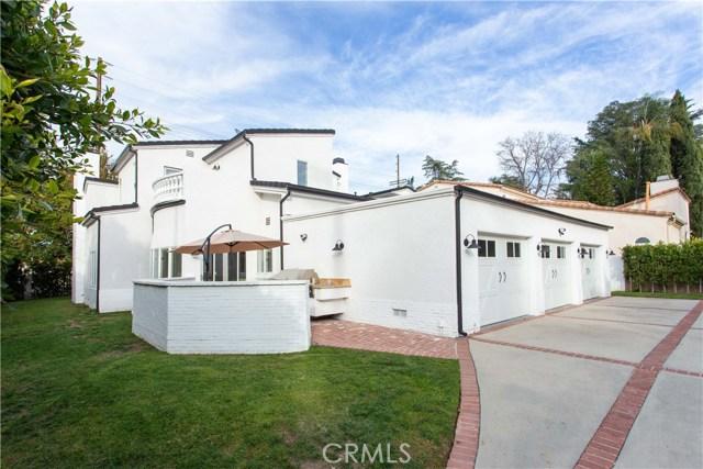 13260 Magnolia Boulevard, Sherman Oaks, CA 91423