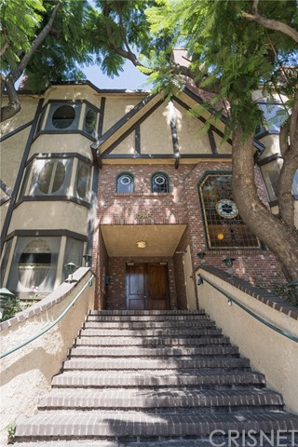10945 Hortense Street 101, North Hollywood, CA 91602