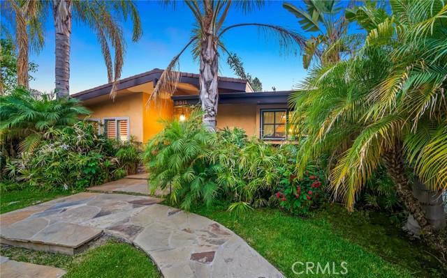 58. 5511 Fenwood Avenue Woodland Hills, CA 91367