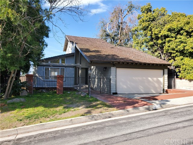 4939 Glenwood Avenue, La Crescenta, CA 91214