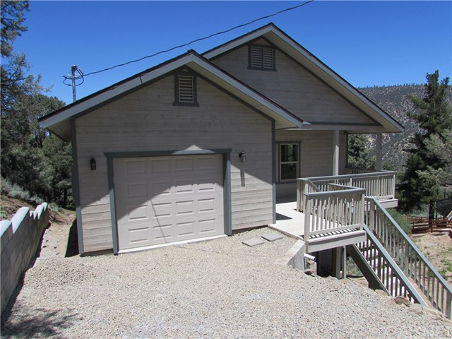 15448 Shasta Way, Pine Mtn Club, CA 93222