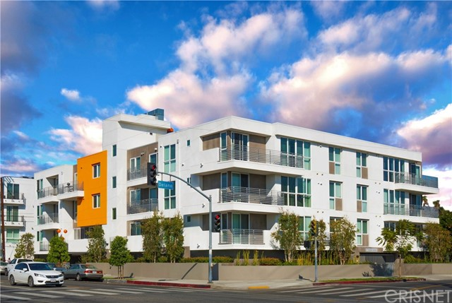 6200 KESTER, Van Nuys, California 91411, 2 Bedrooms Bedrooms, ,2 BathroomsBathrooms,Residential,For Sale,KESTER,SR20086575