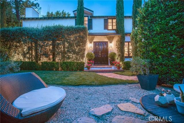 8809 Evanview Drive, Los Angeles, CA 90069
