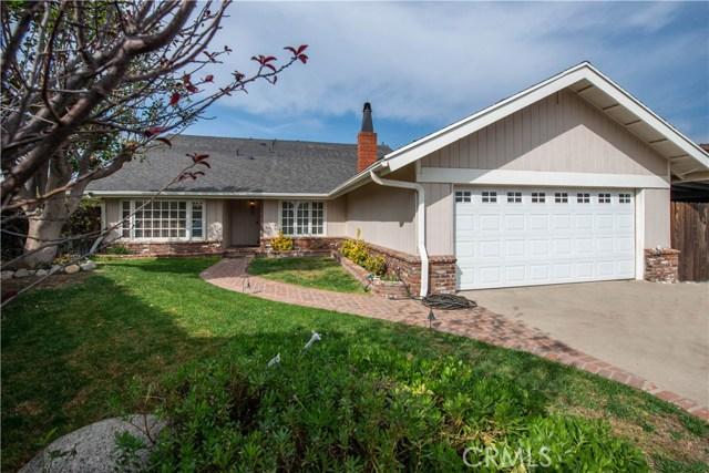 13787 De Foe Avenue, Sylmar, CA 91342