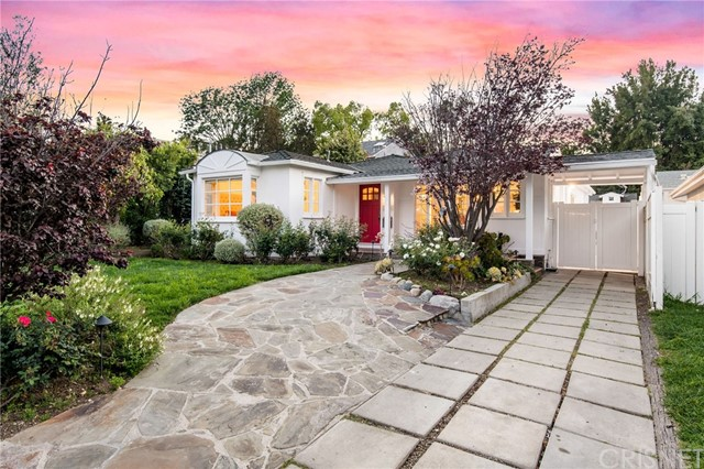 3781 Mound View Avenue, Studio City, CA 91604
