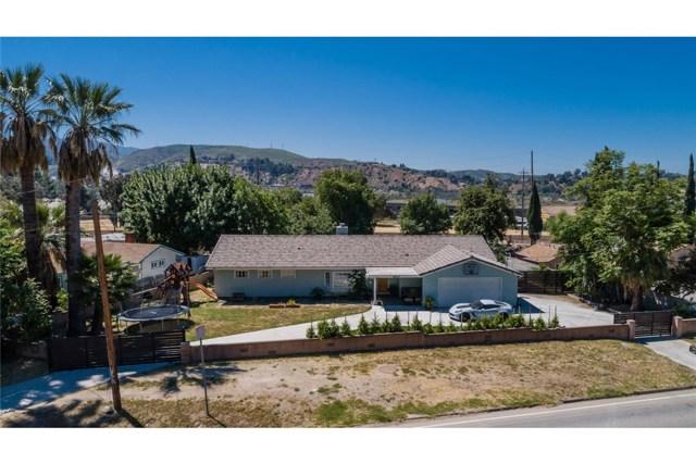 9830 Foothill Boulevard, Sylmar, CA 91342