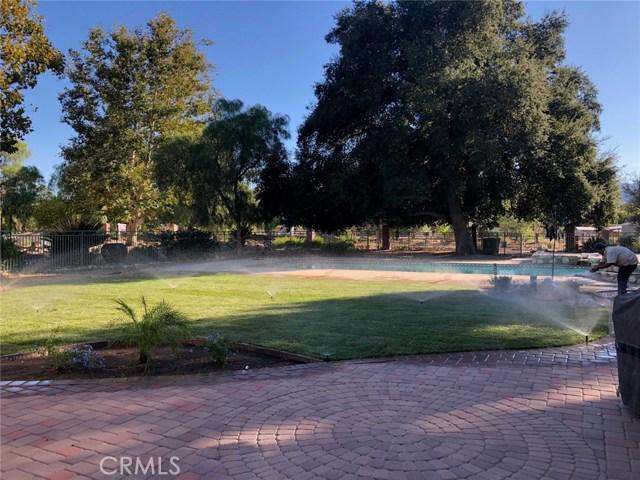 24953 Hacienda Lane, Newhall, CA 91321