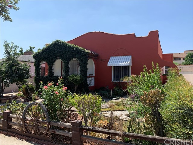1836 Lake Street, Burbank, CA 91201