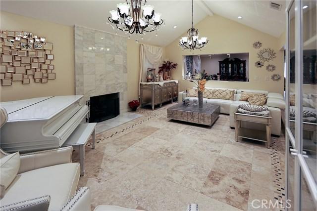 16513 Moorpark Street, Encino, CA 91436
