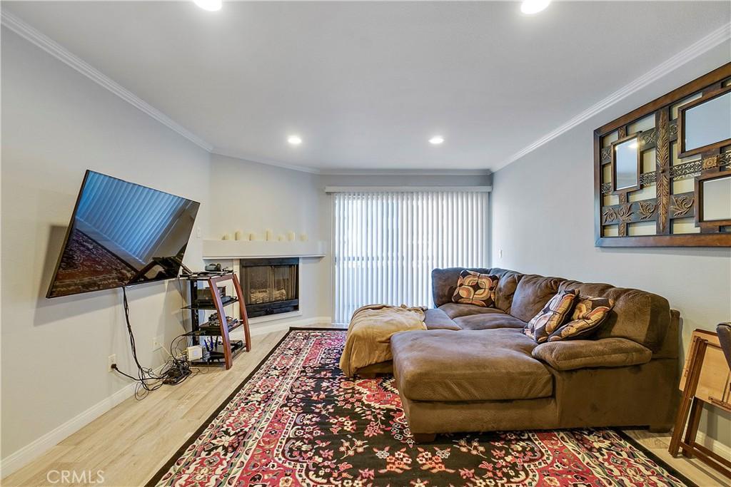 5530     Owensmouth Avenue   131, Woodland Hills CA 91367