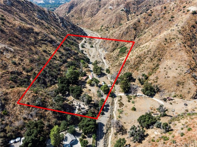 25546 Sand Canyon Road, Canyon Country, CA 91387