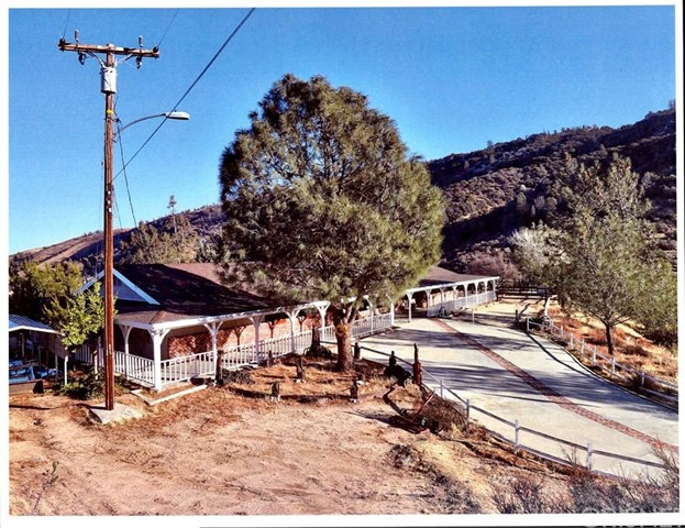 46366 Kings Canyon Road, Lancaster, CA 93536